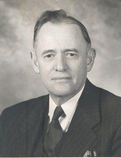 Warren D Bowman