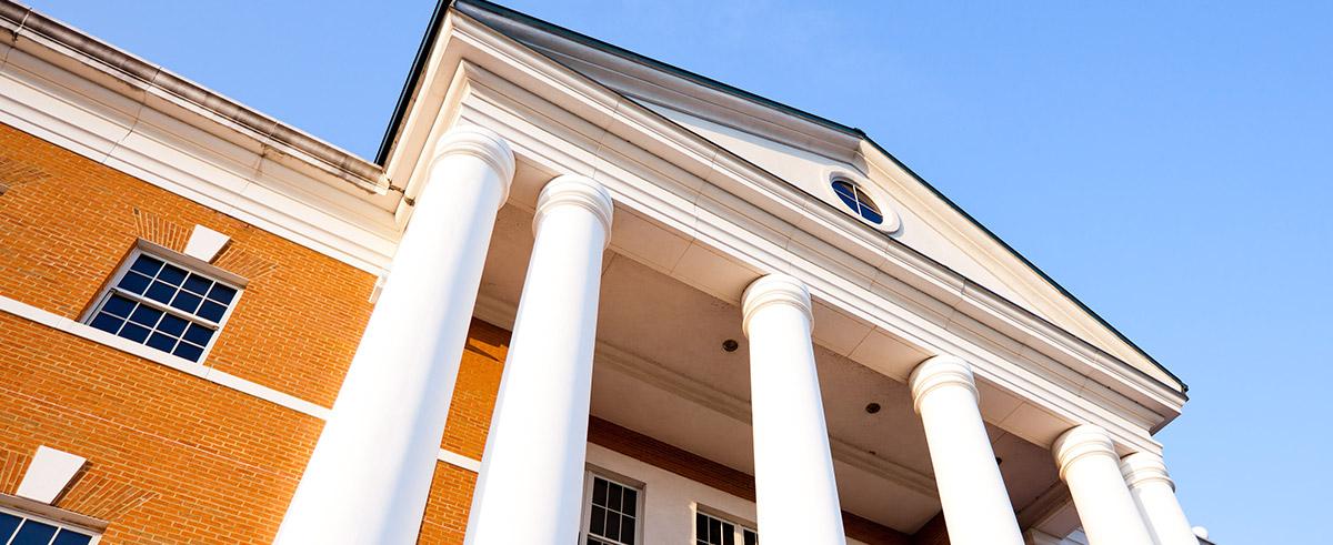Bridgewater College Presents 2021 Physics Award