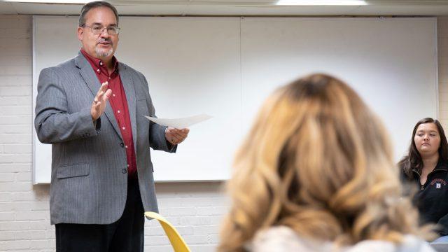 Psychology professor addresses student